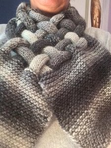vlechtsjaal 100% wol